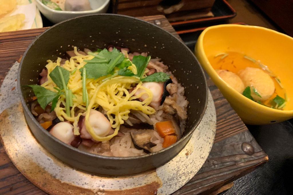 "Great journey to create our new signature dish ""Meriken・Hatoba style Kamameshi""!"