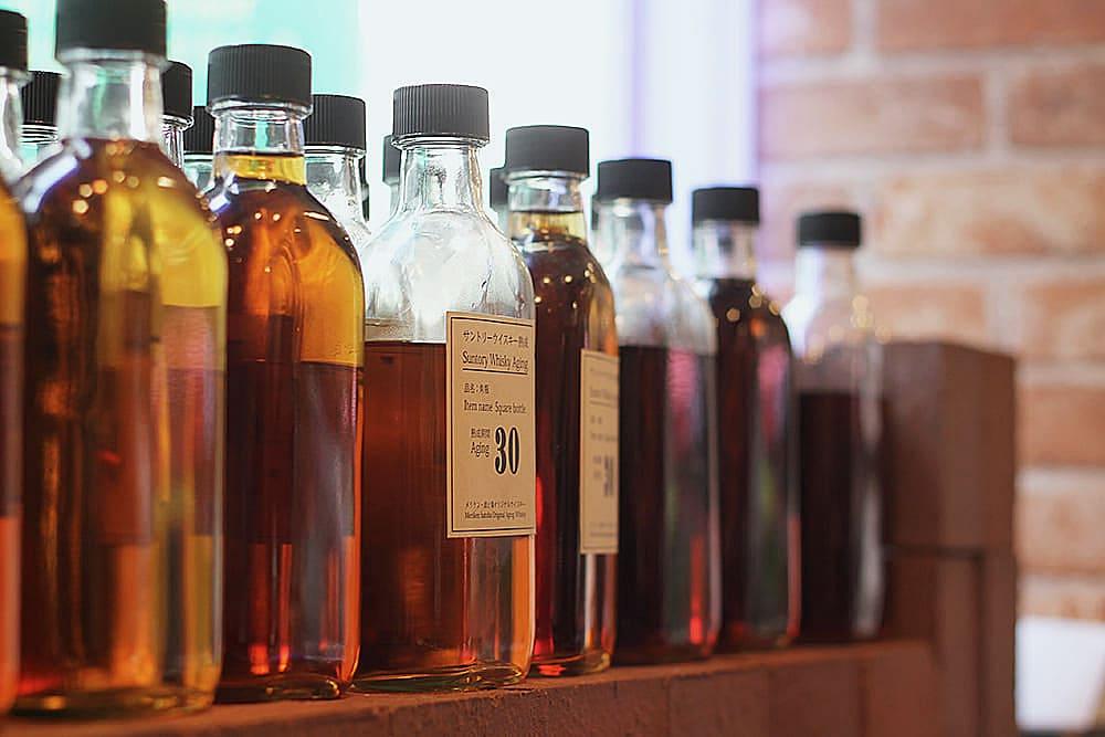Pruébelo y experimente nuestro mundo de whisky increíblemente envejecido.